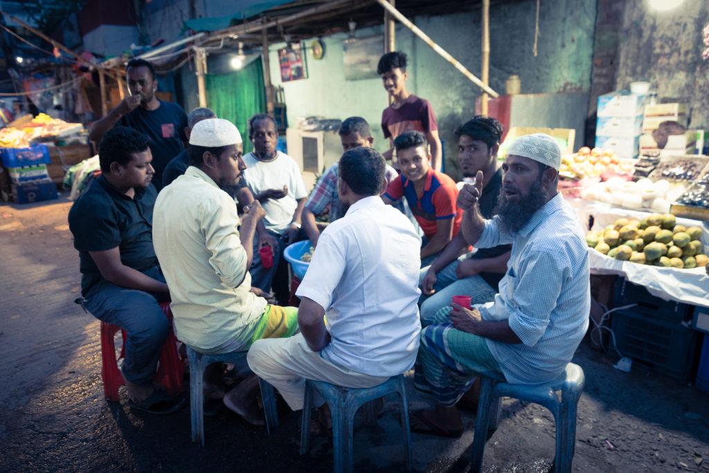 ラマダン終了直後のバングラデシュの首都ダッカを町歩き。