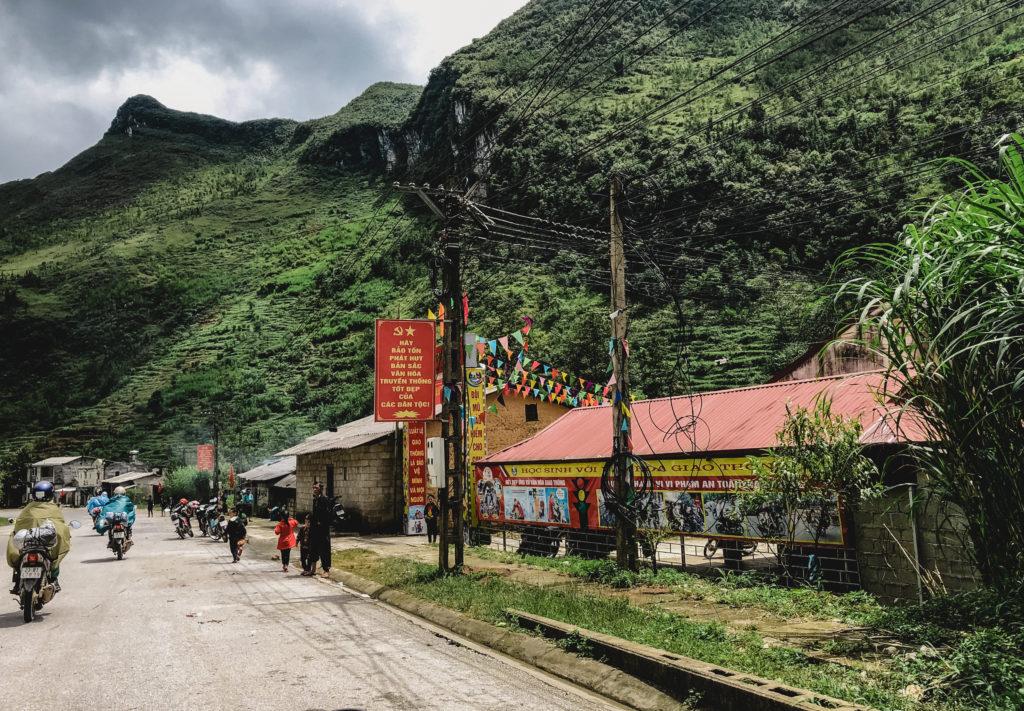 ベトナム少数民族の住む美しい山々