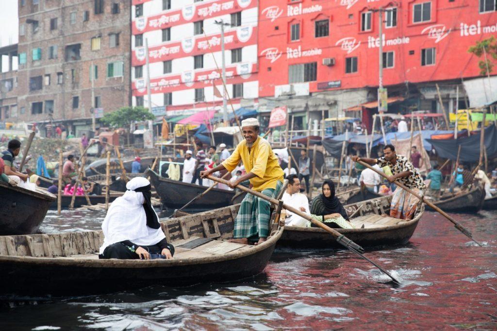 バングラデシュ、オールドダッカを船旅。