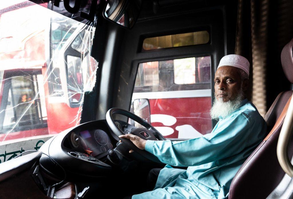 バングラデシュ旅行記①チッタゴンからコックスバザールへバス旅